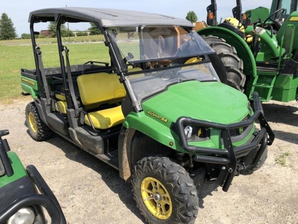 2013 John Deere Gator XUV 550 S4 ATVs and Utility Vehicle