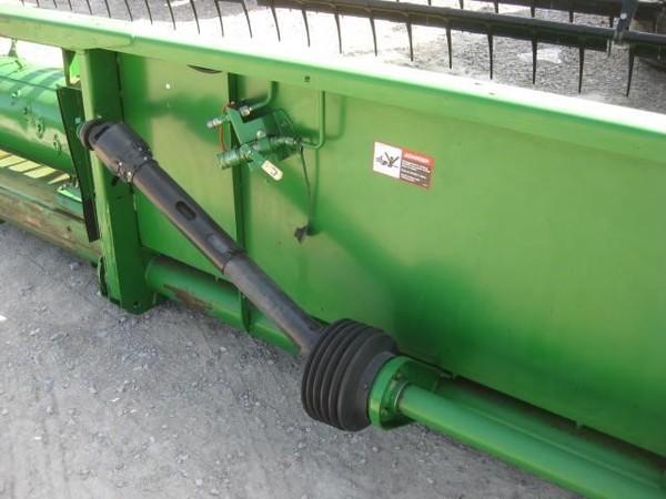 2002 John Deere 925F Platform