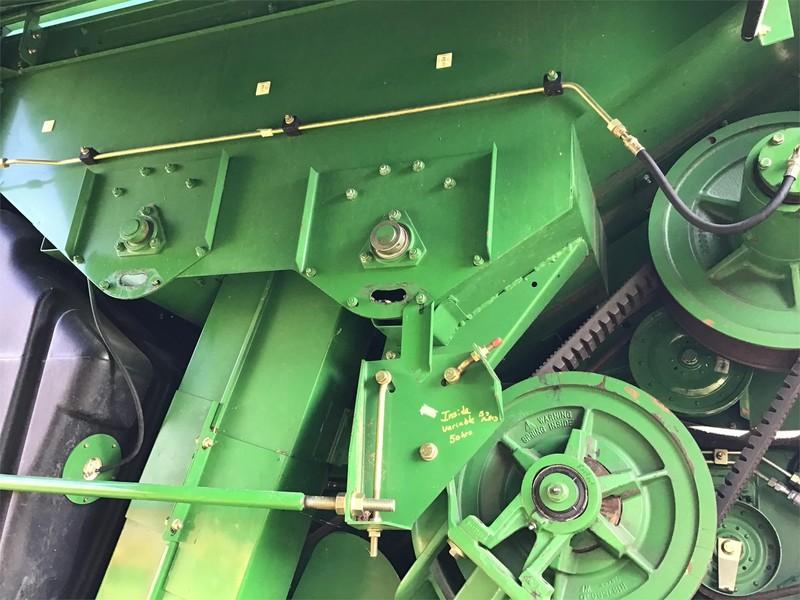 1998 John Deere 9410 Combine