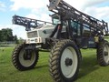 Willmar 8100 Self-Propelled Sprayer