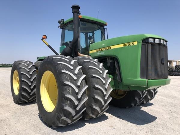 2001 John Deere 9400 Tractor