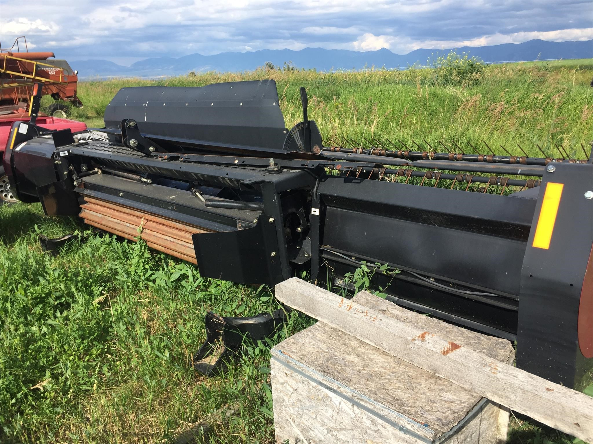 MacDon M150 Self-Propelled Windrowers and Swather