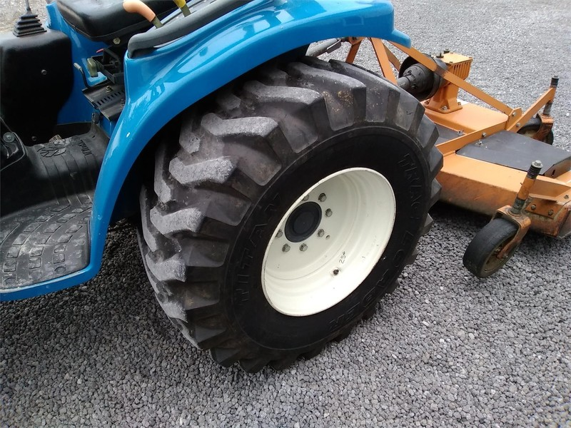 1999 New Holland TC29D Tractor