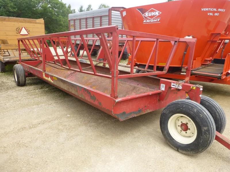 2014 Meyer P200 Feed Wagon
