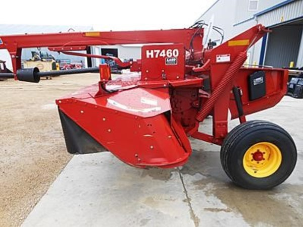 2012 New Holland H7460 Mower Conditioner