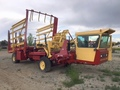 2000 New Holland 1095 Bale Wagons and Trailer