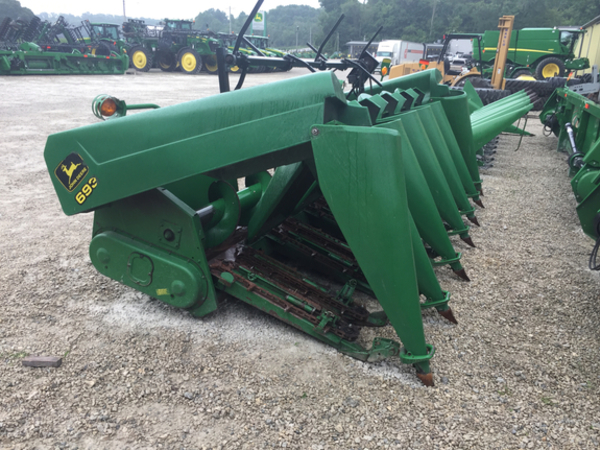 1998 John Deere 693 Corn Head