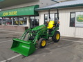 2018 John Deere 2025R Tractor
