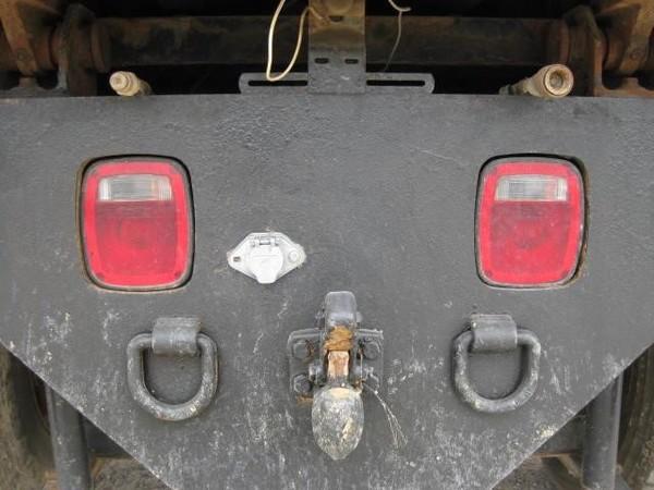 2001 International 8100 Semi Truck