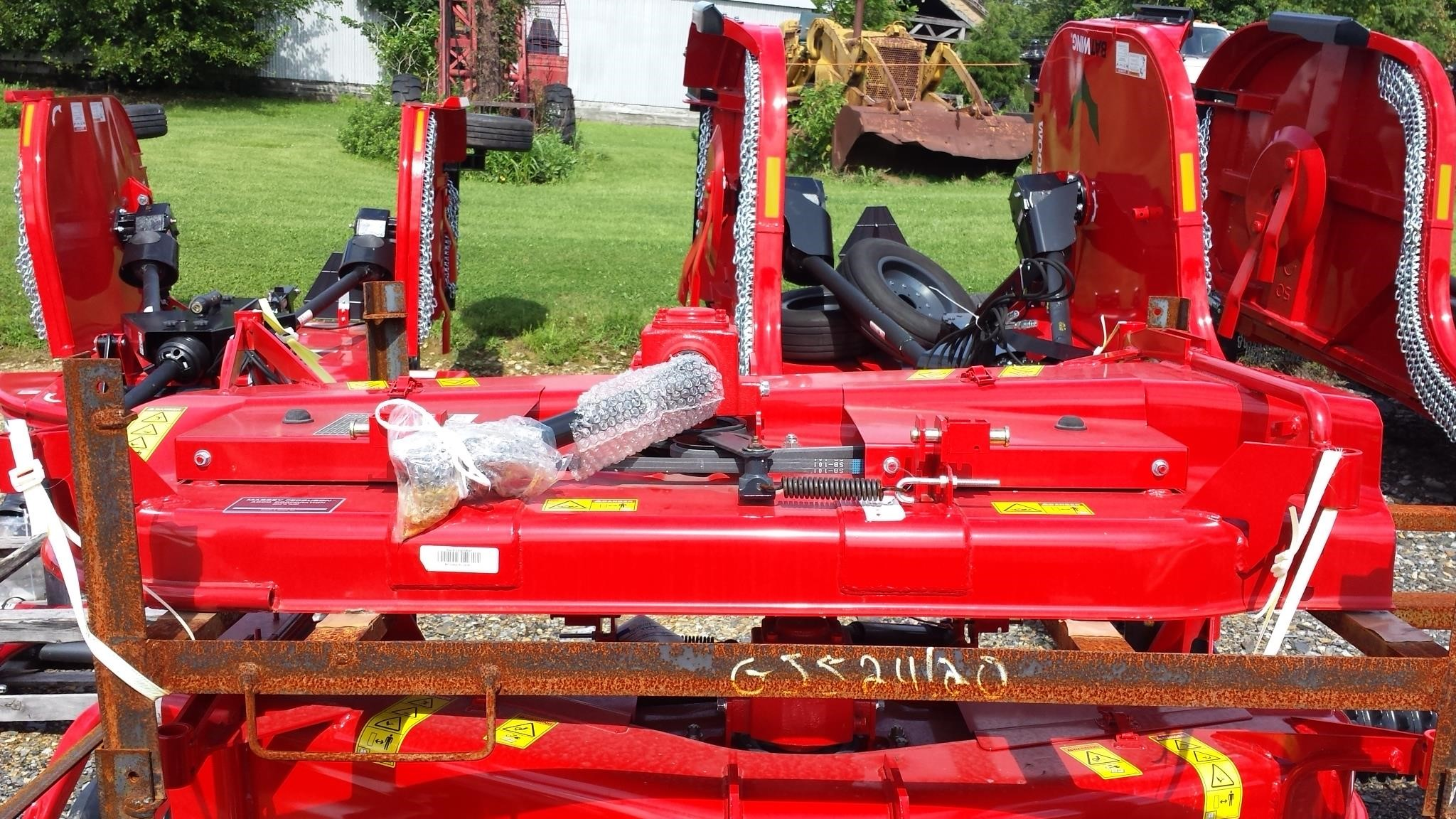 2019 Massey Ferguson 2320 Lawn and Garden