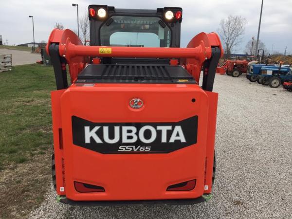 2018 Kubota SSV65 Skid Steer