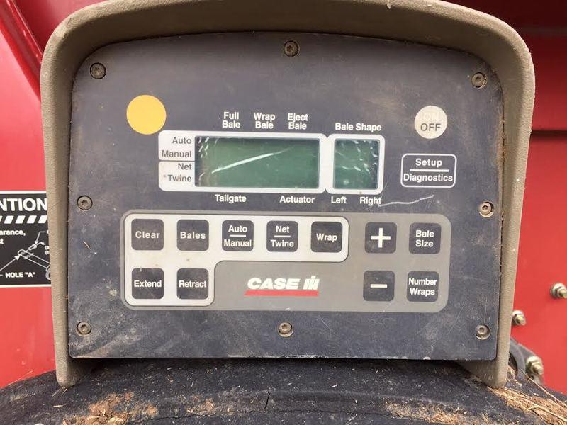 2004 Case IH RBX562 Round Baler