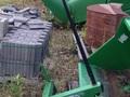 Frontier HS100 Hay Stacking Equipment