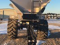 2013 New Leader L3220G4 Self-Propelled Fertilizer Spreader