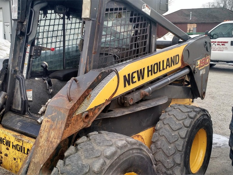 2008 New Holland L190 Skid Steer