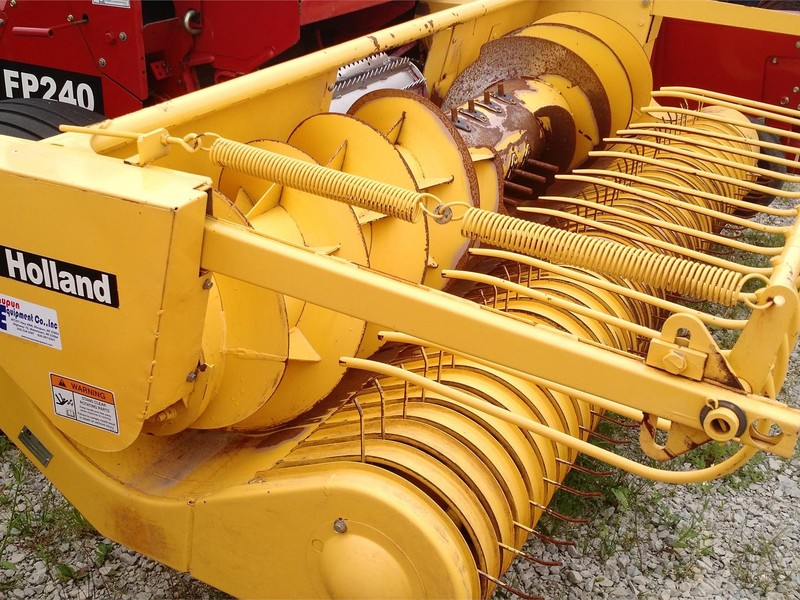 2006 New Holland 29P Pull-Type Forage Harvester