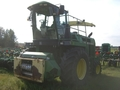 1996 John Deere 6910 Self-Propelled Forage Harvester