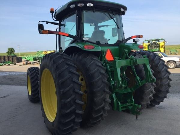 2010 John Deere 8225R Tractor