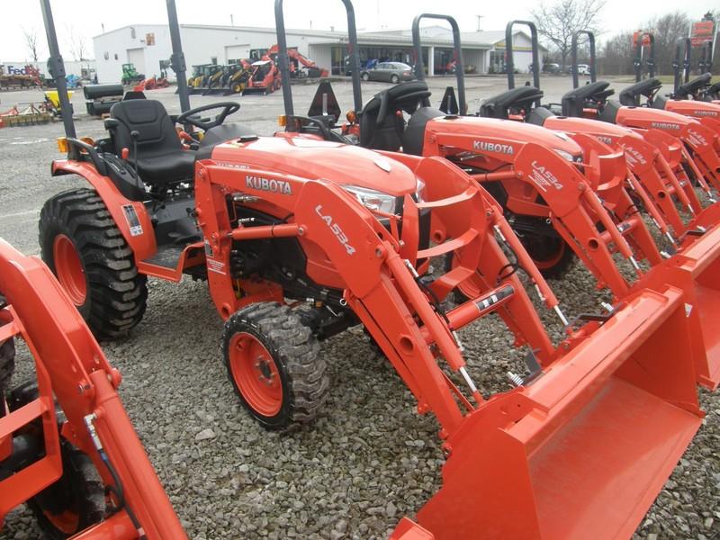 Kubota B2650 Tractor