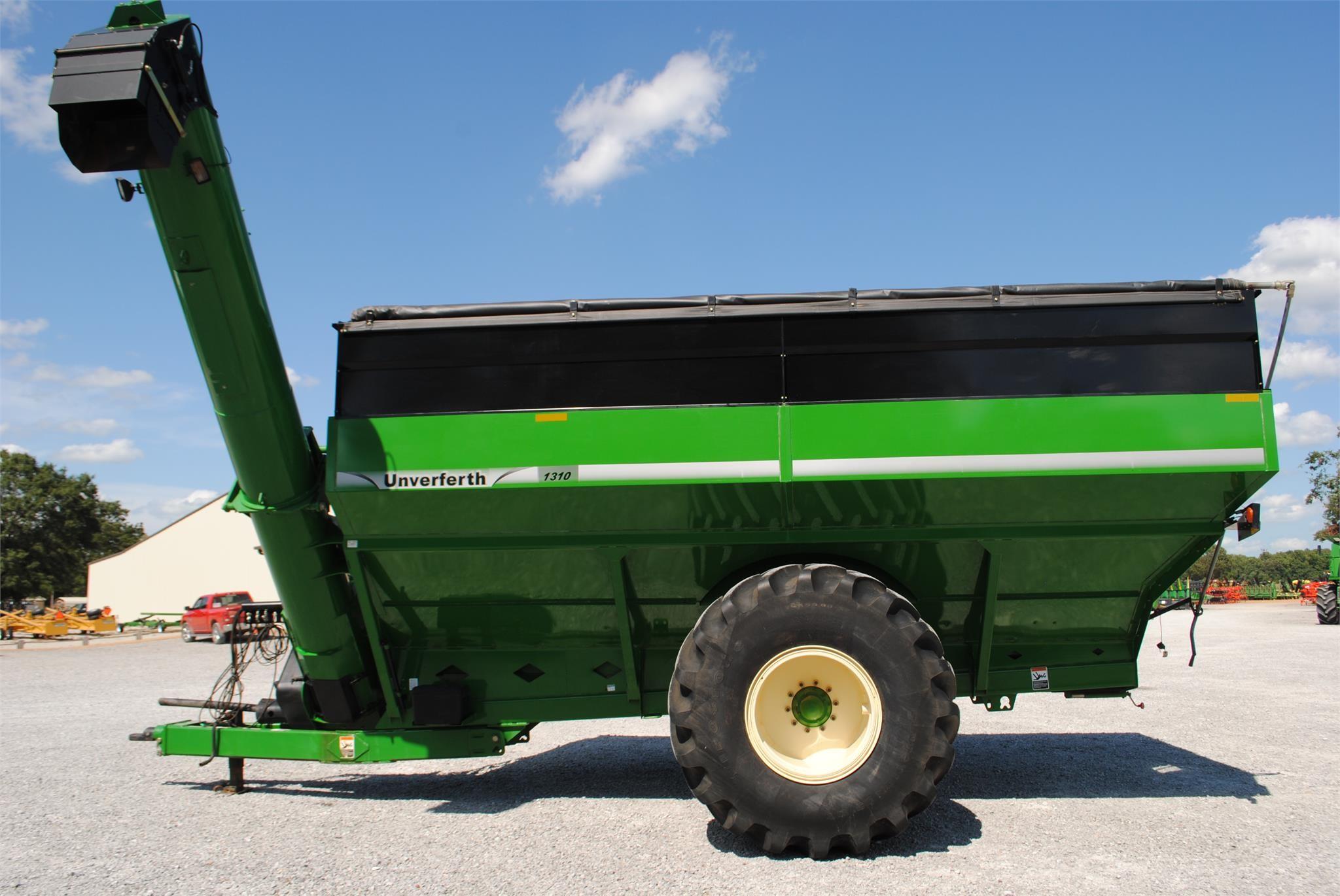 2013 Unverferth 1310 Grain Cart