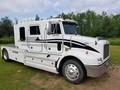 1998 Peterbilt 330 Semi Truck