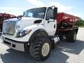 2013 New Leader L3020 G4 Pull-Type Fertilizer Spreader