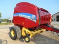 2016 New Holland Roll-Belt 560 Round Baler