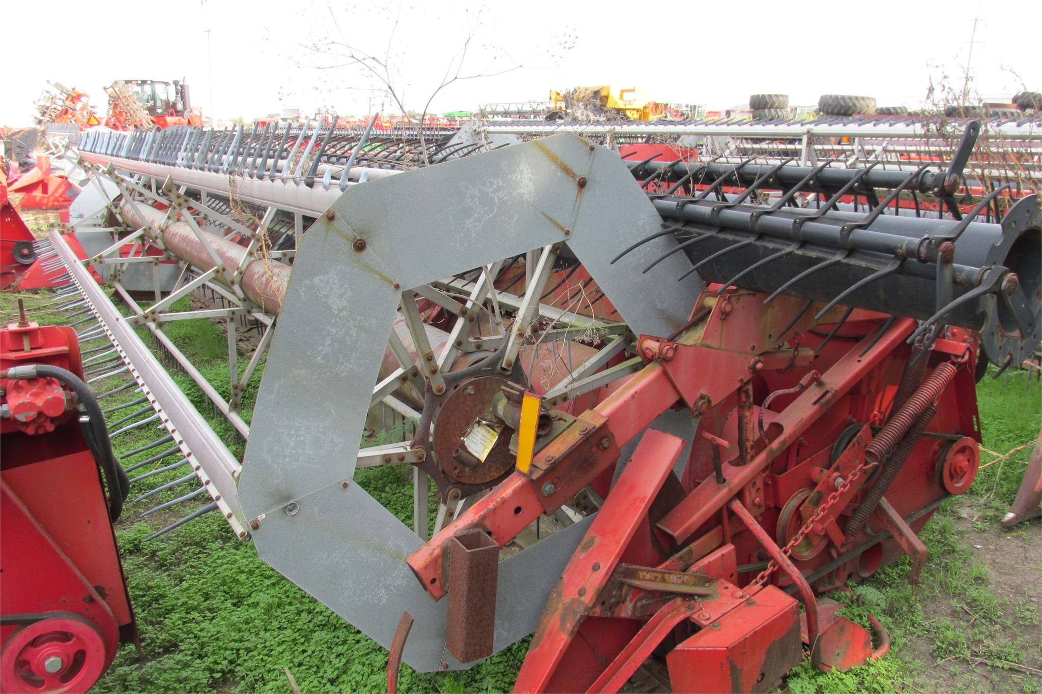 1986 Massey Ferguson 9320 Platform