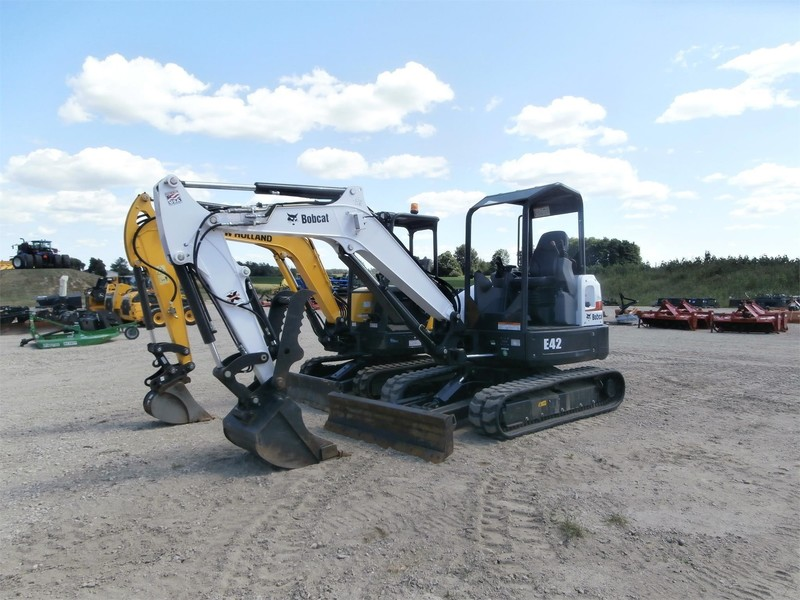 2016 Bobcat E42 Excavators and Mini Excavator