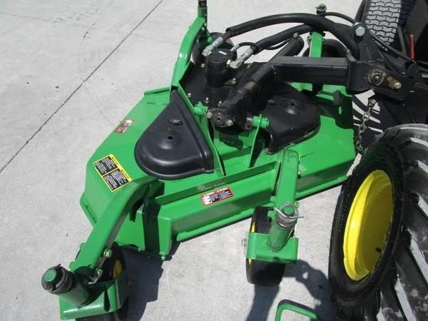 John Deere 1600T Lawn and Garden