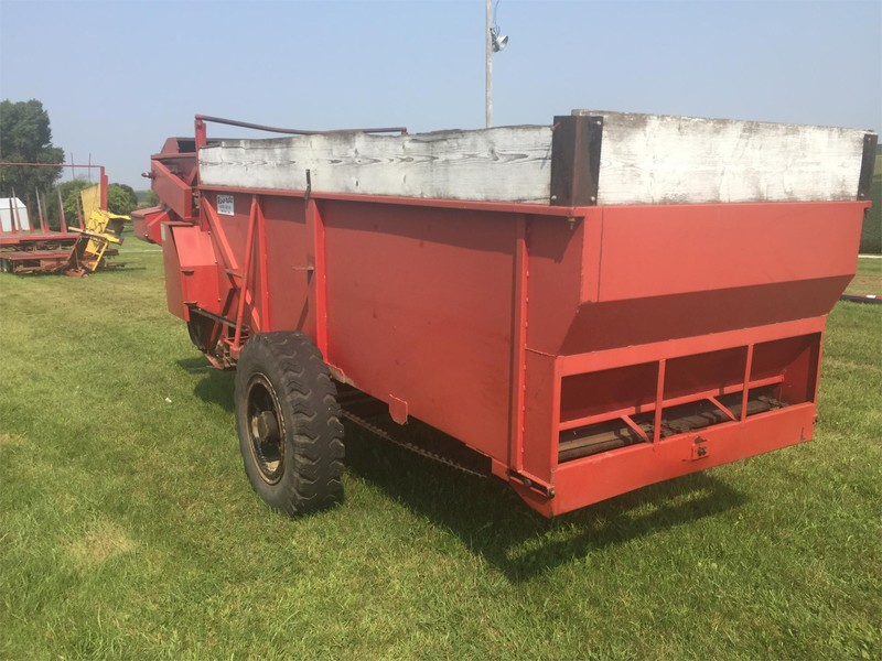 Roorda 5x12 Grinders and Mixer