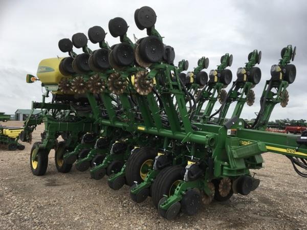 2011 John Deere 1790 Planter Lexington Nebraska Machinery Pete