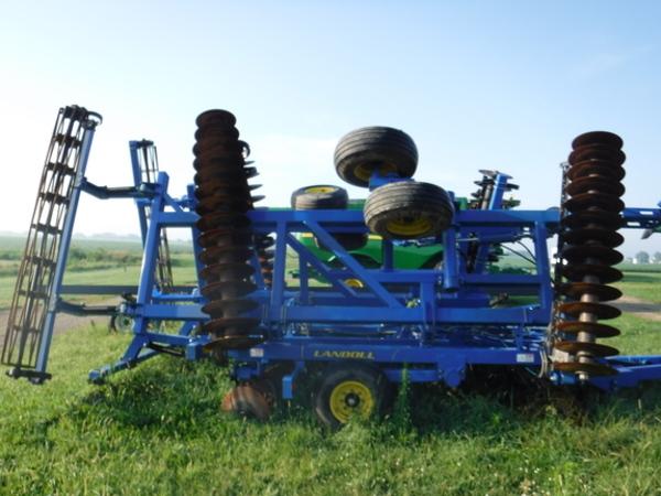 2012 Landoll 7431 VT Plus Vertical Tillage