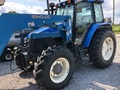 1999 New Holland TS110 Tractor