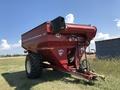 2010 J&M 875-18 Grain Cart