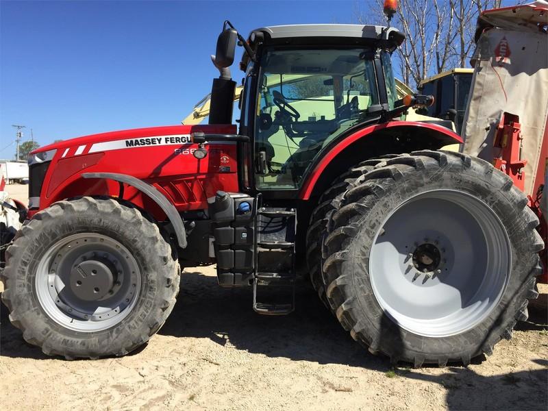 2011 Massey Ferguson 8660 Tractor
