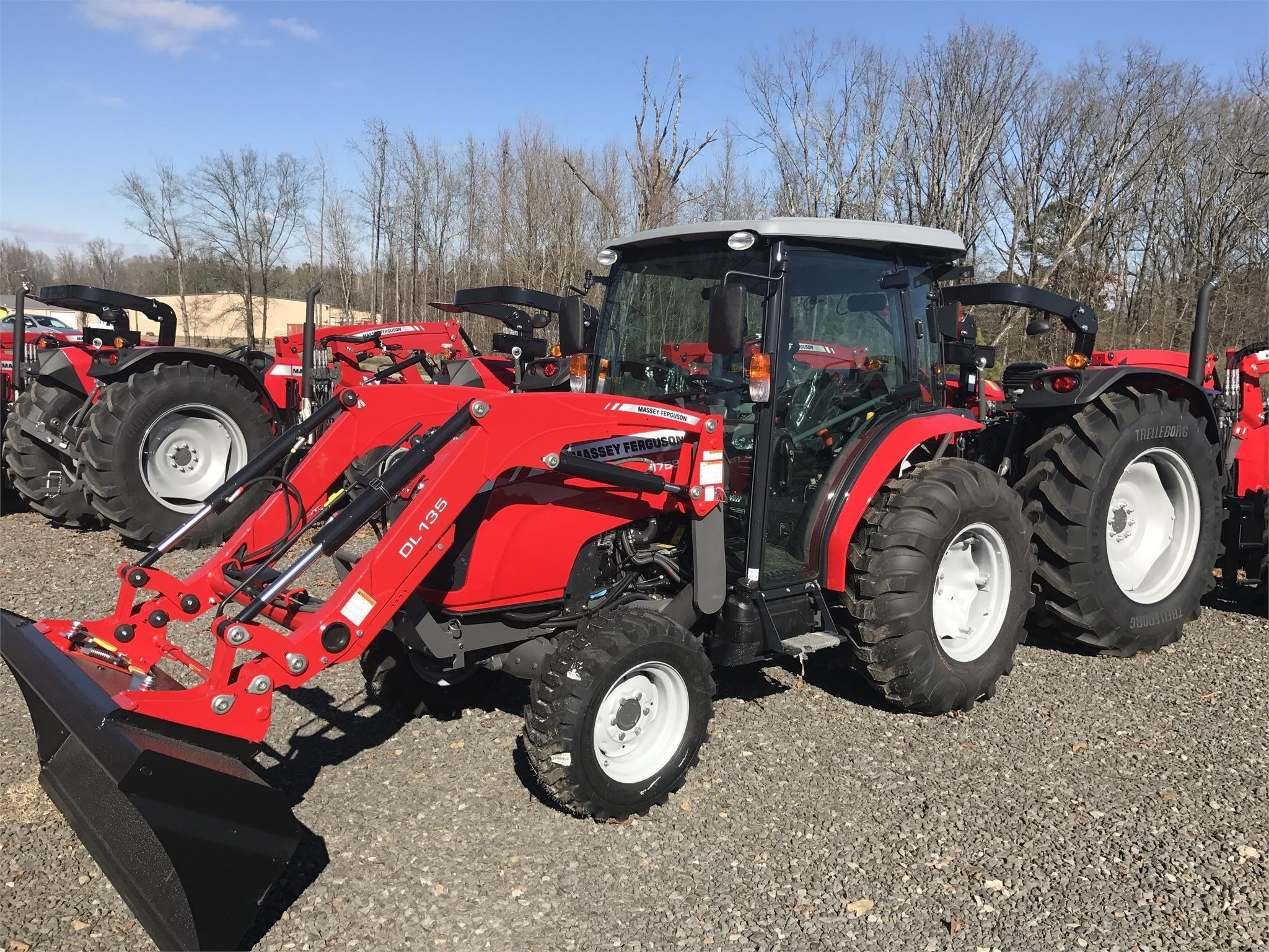 2017 Massey Ferguson 1758 Tractor