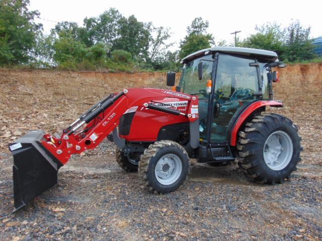 2018 Massey Ferguson 1760M Tractor