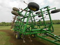 2005 John Deere 2210 Field Cultivator