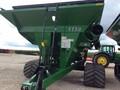 2018 Demco 1150 Grain Cart