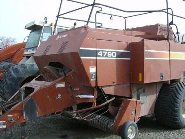 1999 Hesston 4790 Big Square Baler