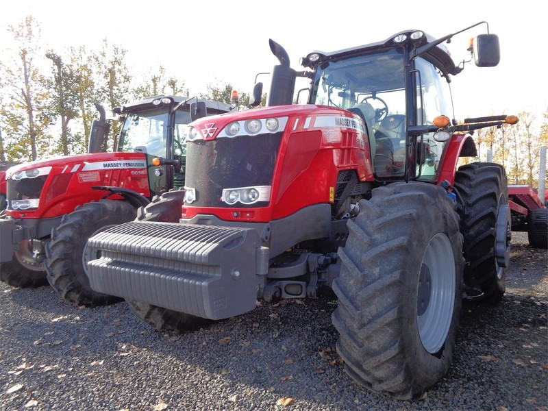 2015 Massey Ferguson 8735 Tractor