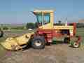 1991 New Holland 1118 Self-Propelled Windrowers and Swather