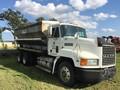 1996 Mack CH613 Semi Truck