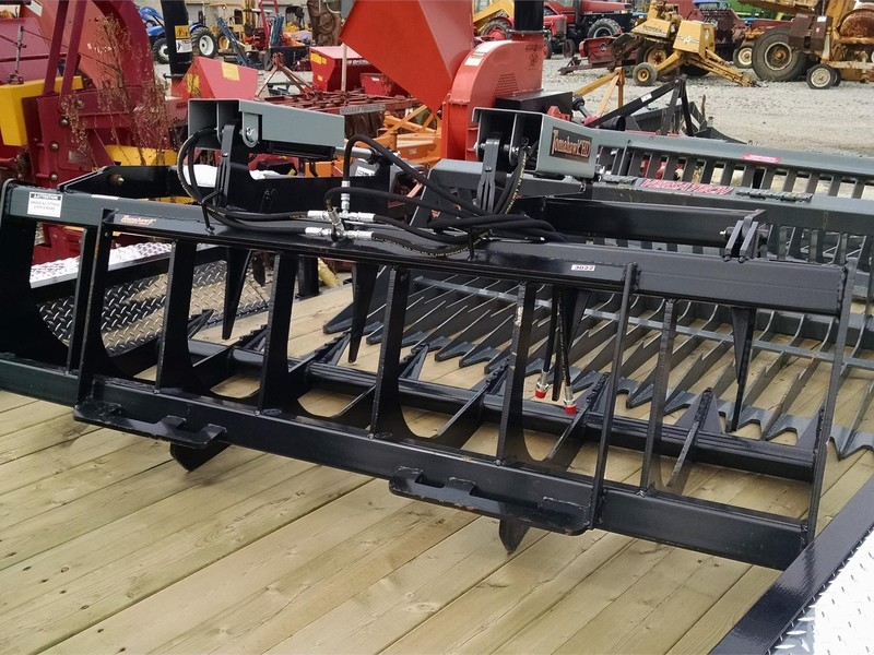Tomahawk 72 Loader and Skid Steer Attachment