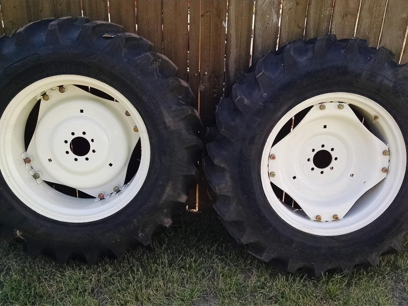 Titan 13.6-28 Wheels / Tires / Track