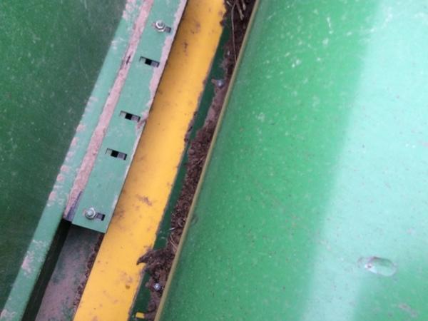2006 John Deere 635F Platform