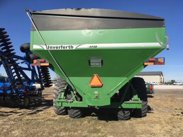 2008 Unverferth 1110 Grain Cart