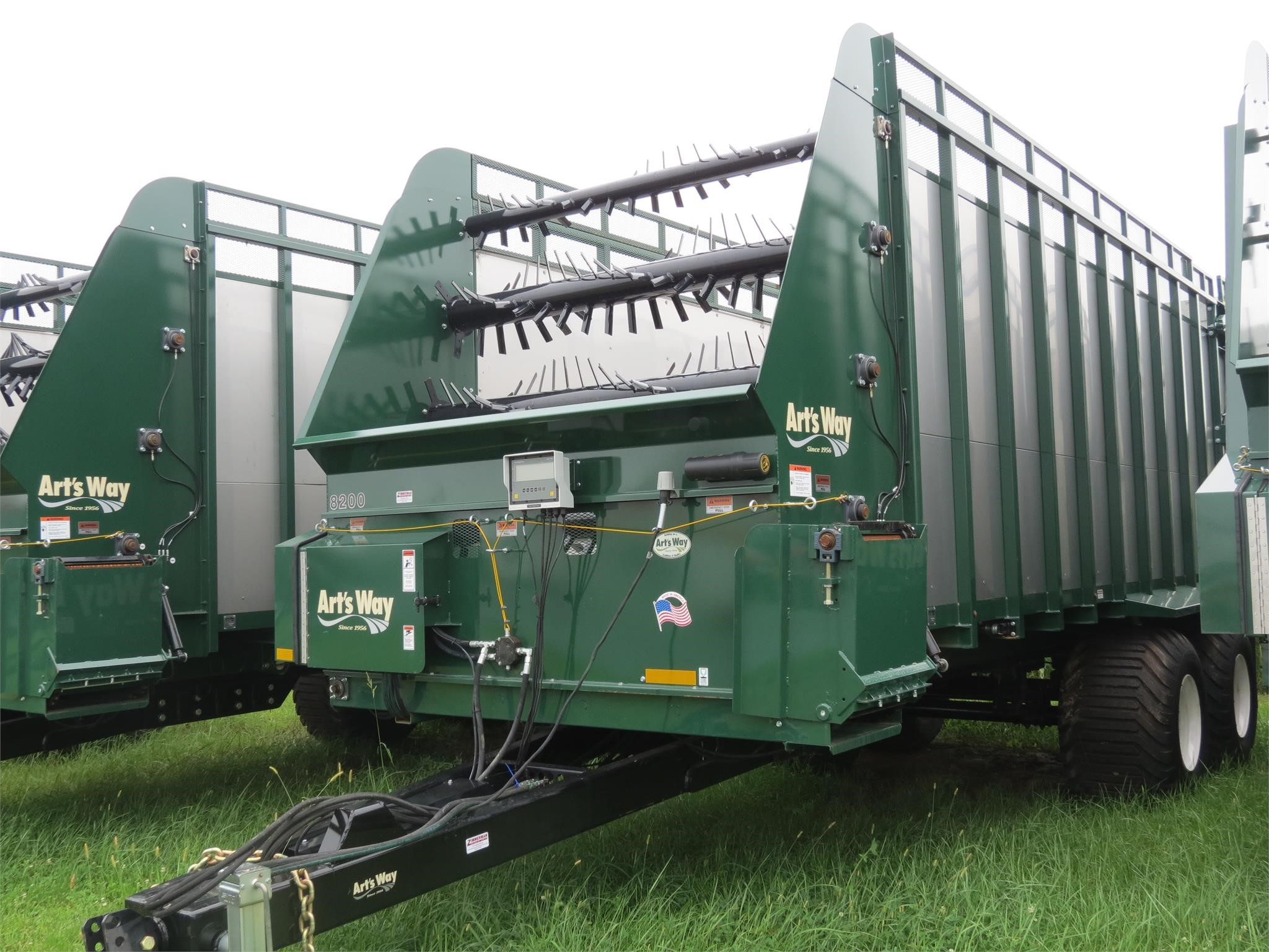 2018 Miller Pro 8220 Forage Wagon