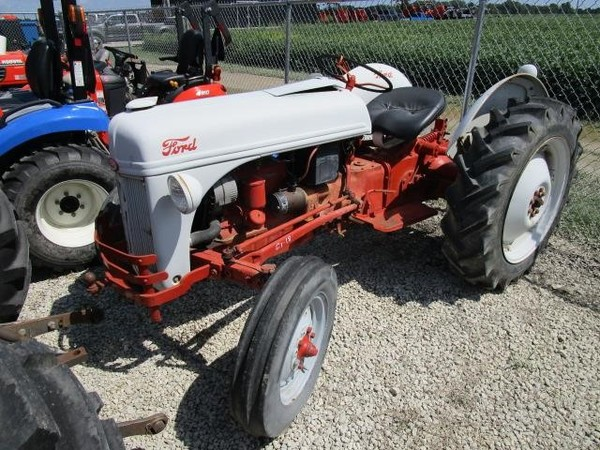 Superior 1952 Ford 8N Tractor | $3,295